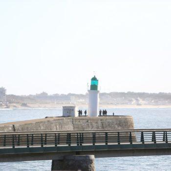 photo phare remblais les sables d'olonne