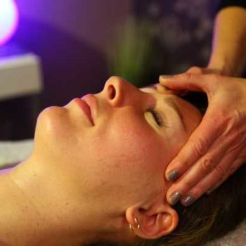 photo femme massage tête