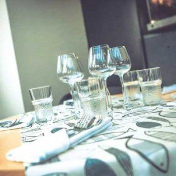 Photo d'une table dressée
